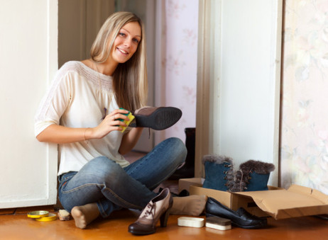Como limpiar cada tipo de zapatos según su tipo de material.