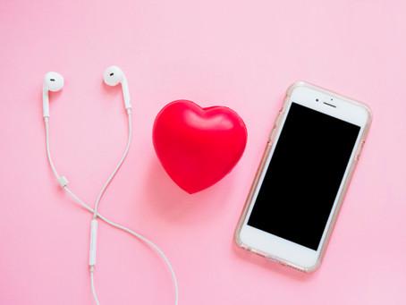 Ideas tecnológicas para regalar en el Día del Amor y la Amistad.