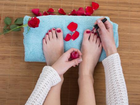 Modelos rápidos y sencillos para las uñas de tus pies.
