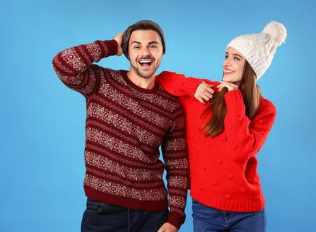 Deja que tus outfits sean más chic combinándote con gorros de lana.