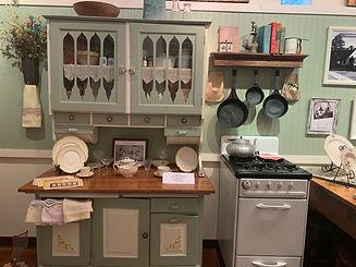 exhibit kitchen.jpg