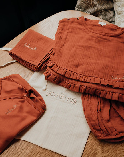 Bohémilk box allaitement couleur terracotta  - blouse + body  ou bloomer + lange