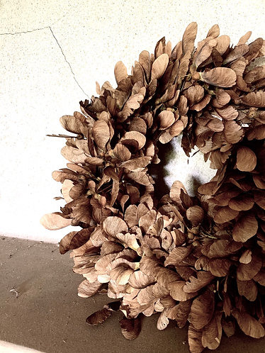 DRIED HELICOPTER WREATH