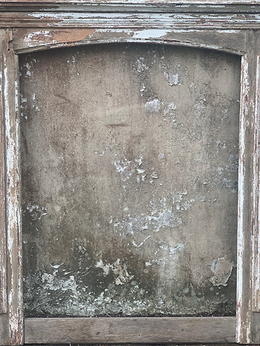 ANTIQUE DECORATIVE FRENCH FIREPLACE