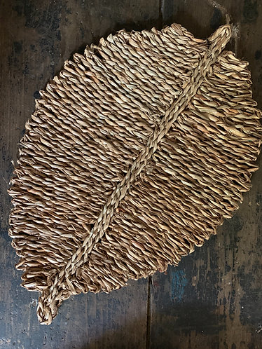 JUTE SEAGRASS LEAF PLACEMAT