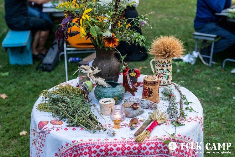 Folk Camp gift table 2019