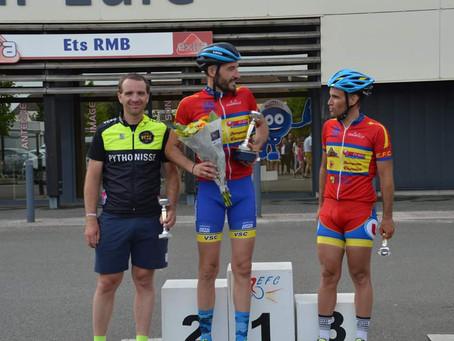 Rémy LEBLEU encore deuxième à Courville-Sur-eure (28) en 1ère catégorie !!