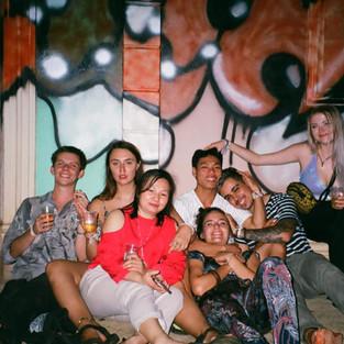 Les soirées au night club de N.K.