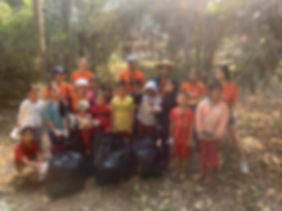 photo de groupe waste collection.jpg