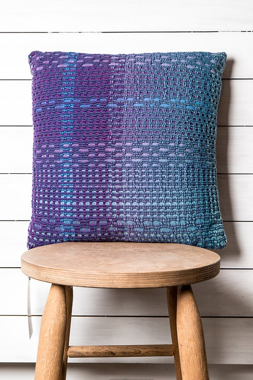 Attractive Cotton Pillow in Honeycomb Weave