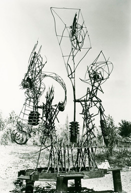 "Symposium Kunst in Pilsen ""Winged Arrow"" 1994"