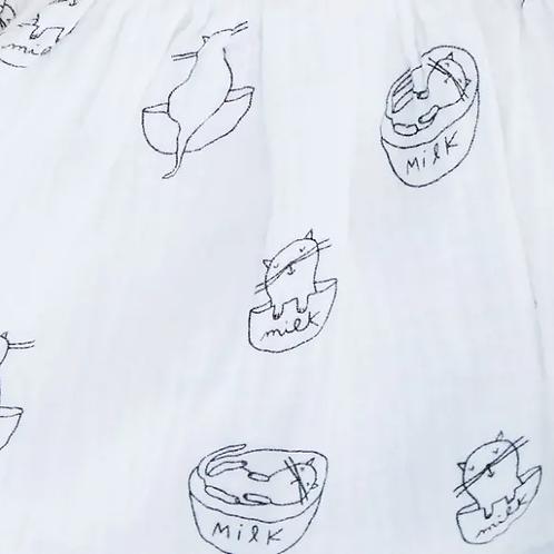 tissu-mousseline-chatons-sur-textile-blanc-en-vente-aux-ateliers-dyvonne-a-kerlouan