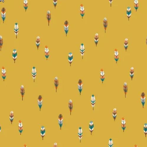 popeline-tissu-plumes-multicouleurs-sur-textile-ocre-en-vente-à-kerlouan-aux-ateliers-dyvonne