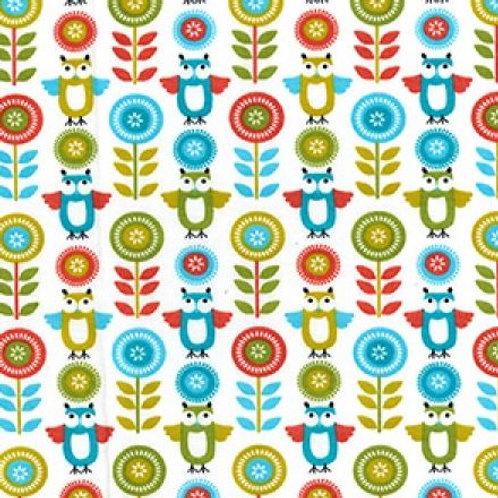 Tissus en matière coton popeline design chouettes en foret 1 AAY e-commerce à Kerlouan en France