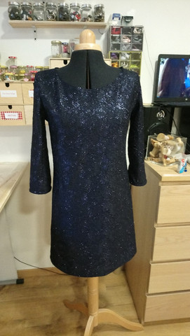 1 - robe Marie Laure - tissus à paillett
