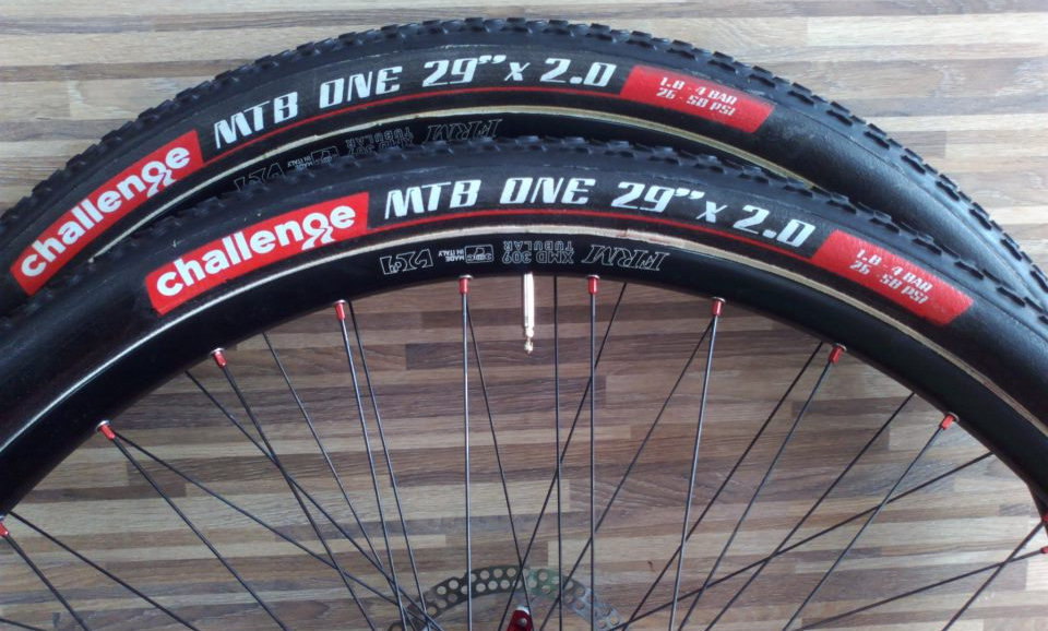 "Challenge tubulars MTB ONE 29"" x 51mm Peso 595 300 tpi"