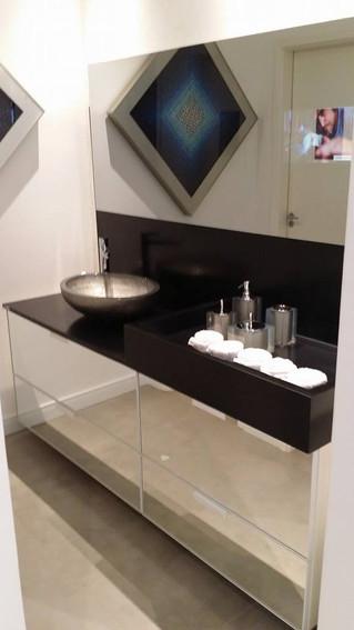 Corian® para bancadas de banheiros