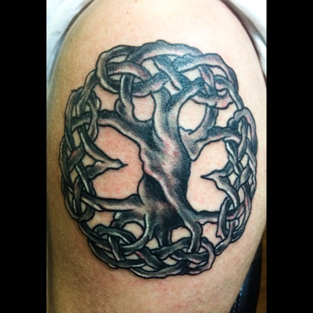 Tree of life tonight courtesy of _dankubin _rotaryworks and _darksidemachine.jpg First tattoo I've l