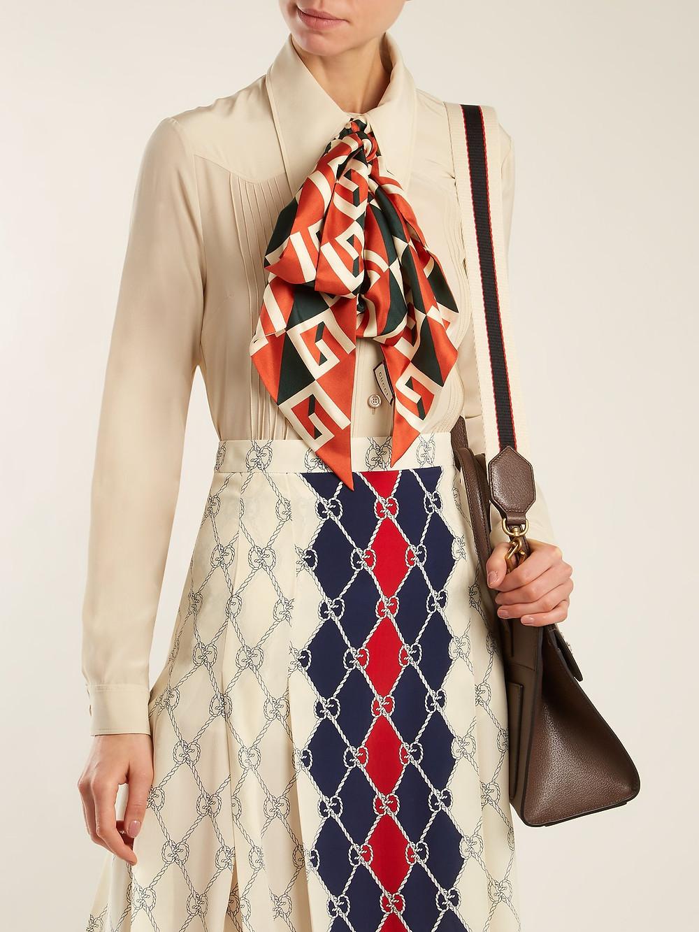 Gucci Geometric logo-print silk-twill scarf
