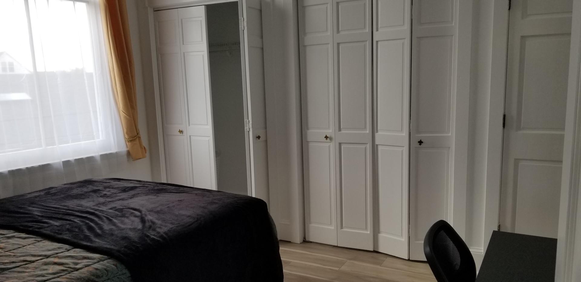 8 B - Master Bedroom.jpg