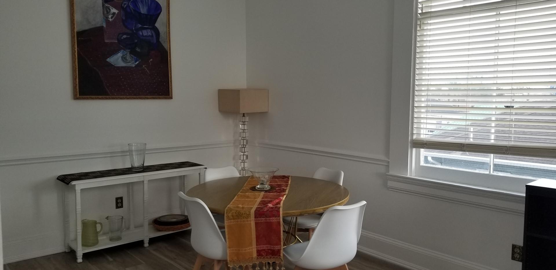 6 B - Dining Room.jpg