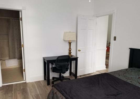 8 - Master Bedroom.jpg