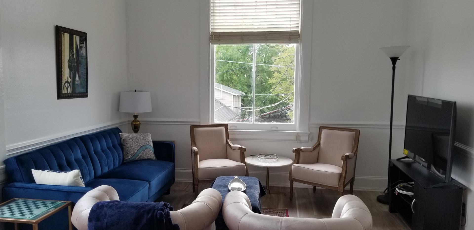 6 C- Living Room.jpg