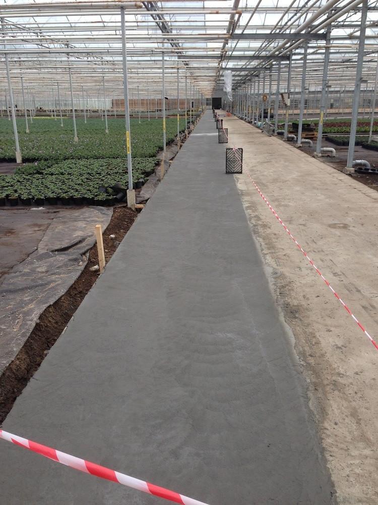 Verbreding bestaand beton pad