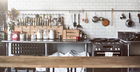 Kitchen safety shutterstock_422473981.jp