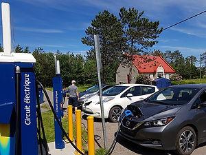 Installation-borne-de-recharge-véhicule-électrique