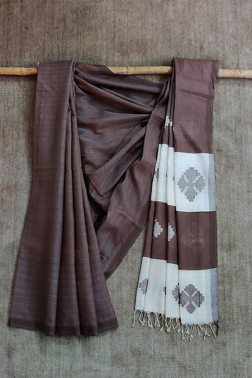 Mulberry silk by cotton base extra weft sari