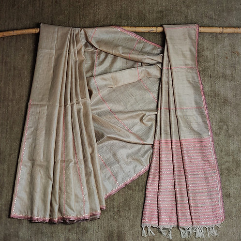 Sujani and Zardozi peeta work desi tussar sari