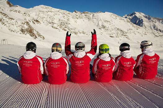 inštruktor lyžovania/snowboardingu