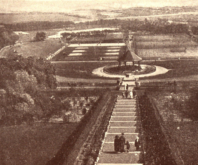 Barrow Park from 1929 Guidebook.jpg