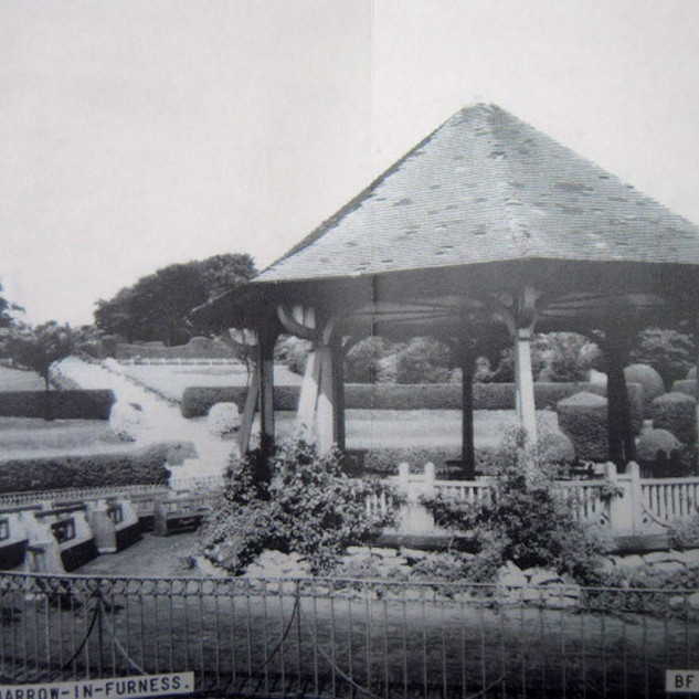 The Bandstand and its flowerbeds in the 1930's.