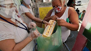 Favelas combatem a epidemia da fome