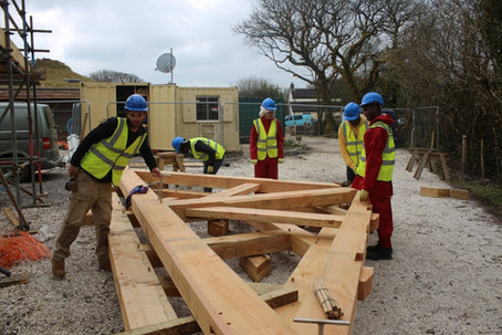 Traditional timber frame roof truss