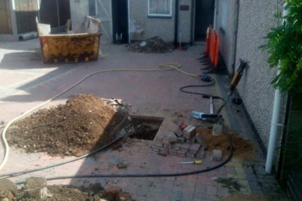 Block Paved Drive - Moling Pit