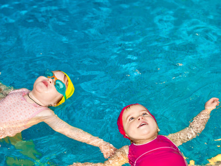 Help Me Swim Tutors!   What age should I start swim lessons?