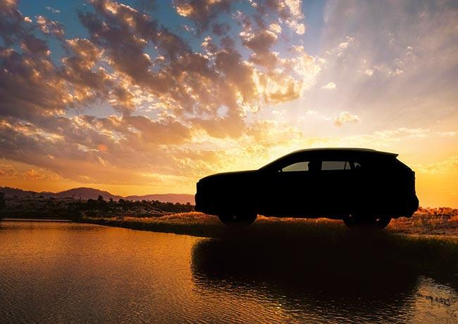 第五代 Toyota RAV4 將於 3 月底登場,廠方暫時只發布了這張剪影照。