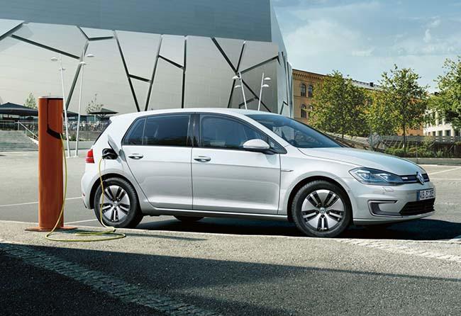 VW e-Golf 的一年牌費,一千元有找!