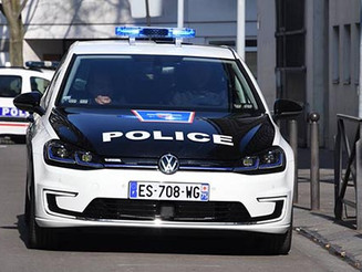 Volkswagen e-Golf 打贏雷諾做巴黎「實習」警車