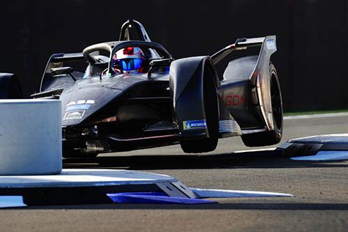 第五屆 Formula E 會採用全新 Gen 2 戰車。