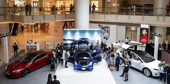 Model 3 首階段車展於圓方舉行,到 3 月 1 日會在太古廣場舉行。