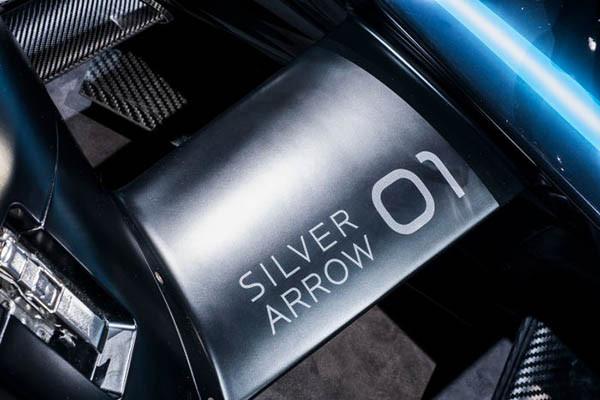 Mercedes-Benz EQ Formula E Silver Arrow 01