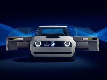 Honda Urban EV Concept 採用反開式車門設計。