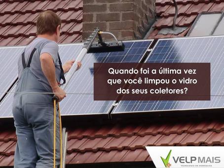 Aquecedor solar: mantenha os vidros dos coletores limpos!