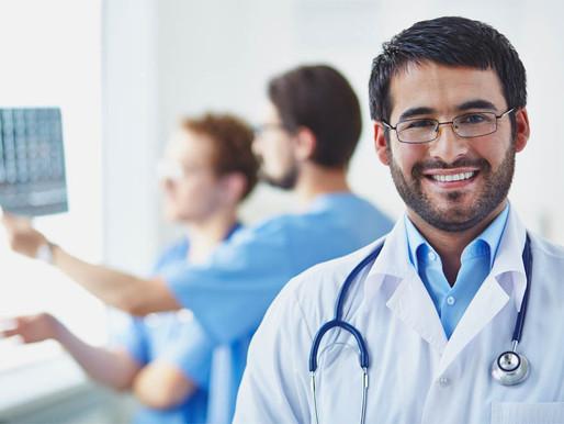 O que faz um clínico médico?