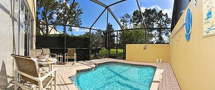 Panorama Pool 2000.jpg
