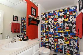 Bathroom 3.jpg